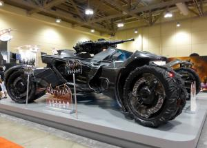Un Youtubeur victime d'un accident de Batmobile !