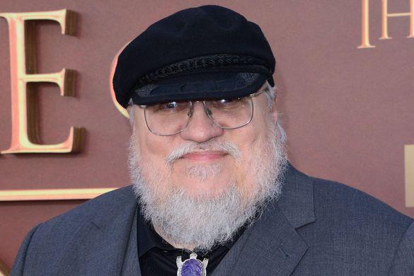 G. R. R. Martin renouvelle son contrat avec HBO