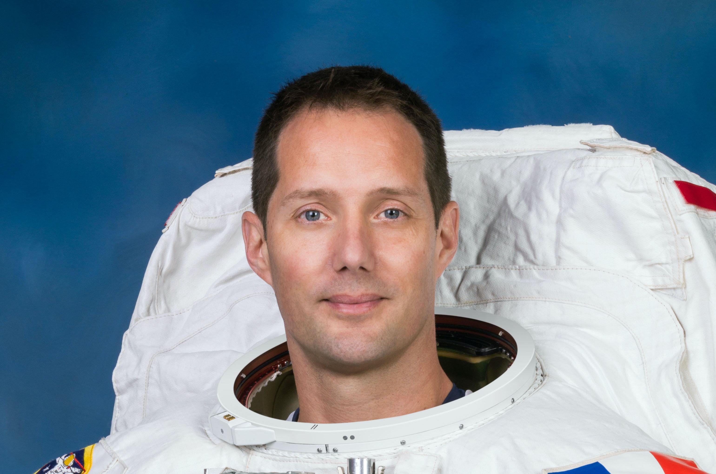 Thomas Pesquet emporte un roman de SF dans l'espace !